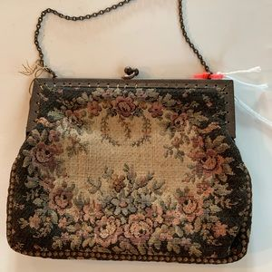 Vintage style tapestry purse